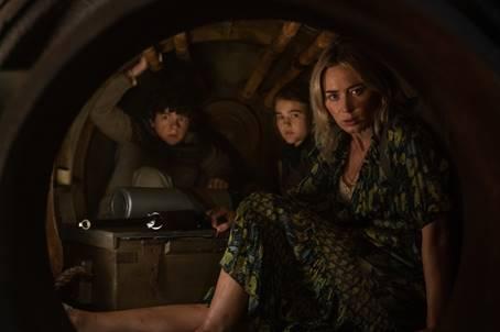 Emily Blunt und John Krasinski machen ein großes Versprechen in erster Featurette zu A QUIET PLACE 2