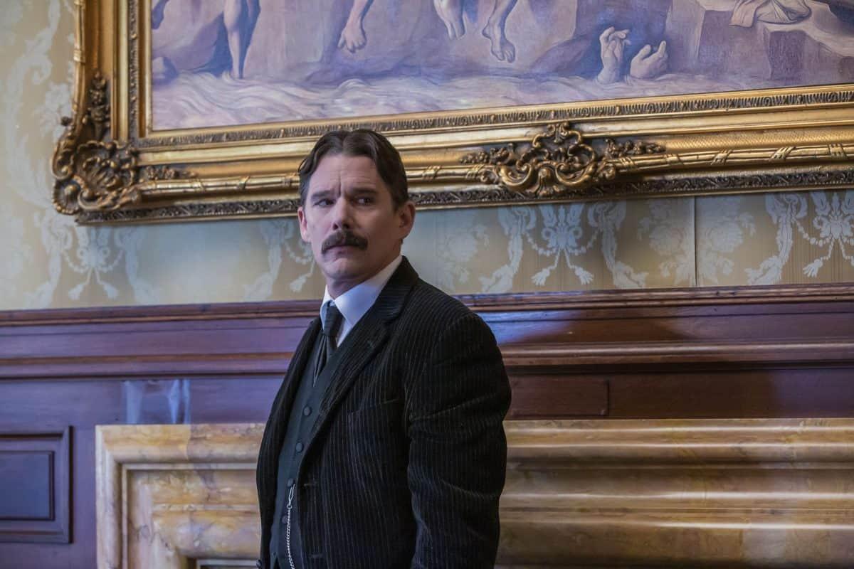 Nikola Tesla (Ethan Hawke) im Haus von J.P. Morgan