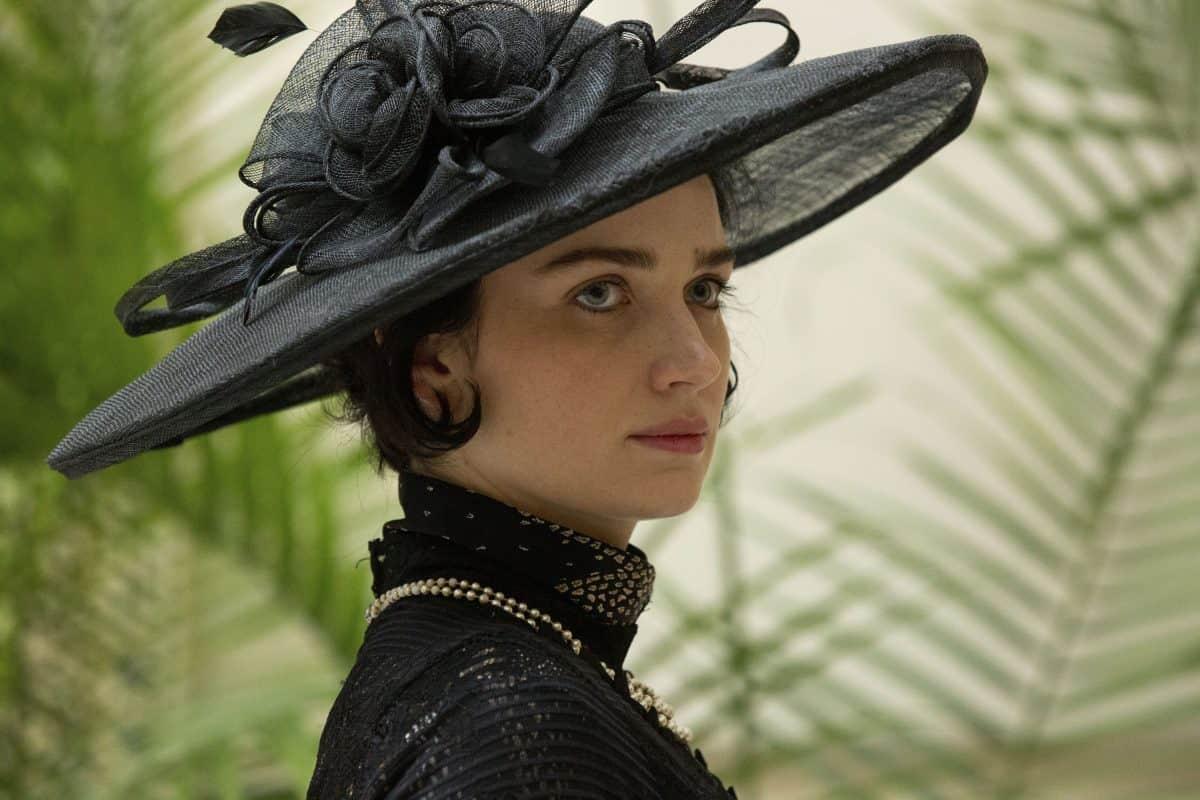 Anne Morgan (Eve Hewson)