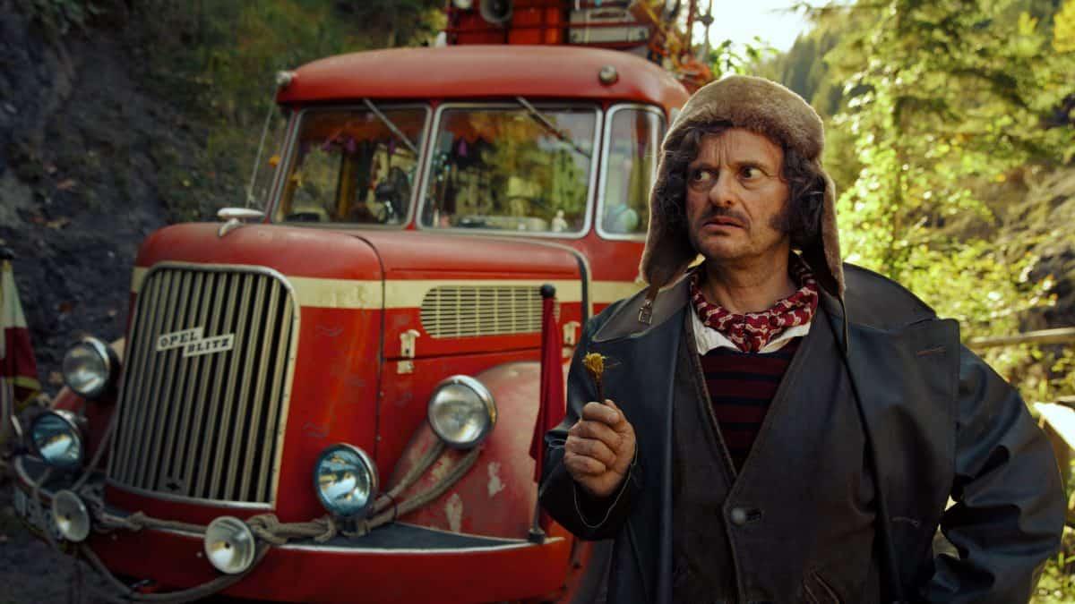 Mister Morrison (Milan Peschel) ist auf der Suche nach einem neuen magischen Tier.