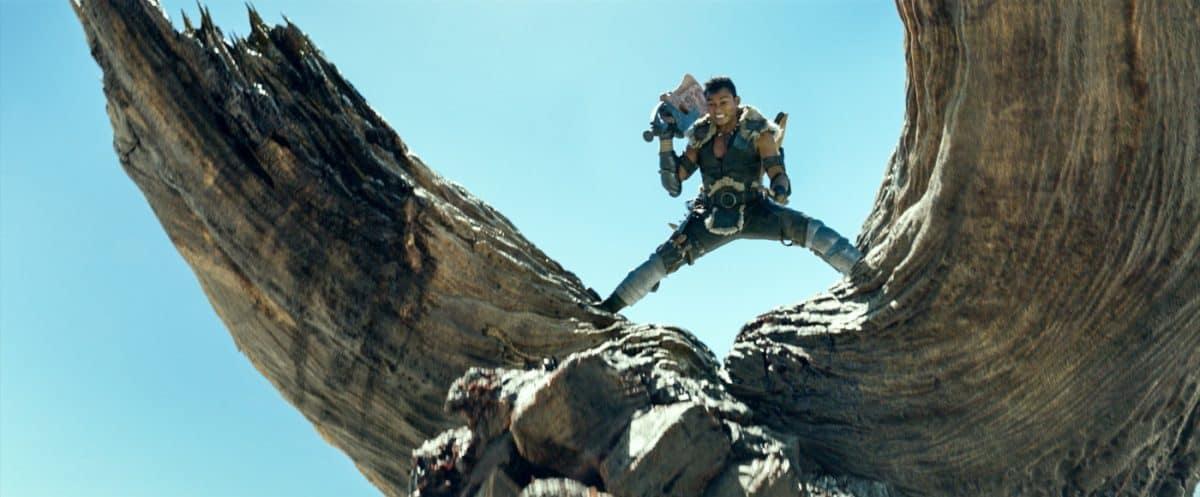 Tony Jaa als HUNTER in Monster Hunter