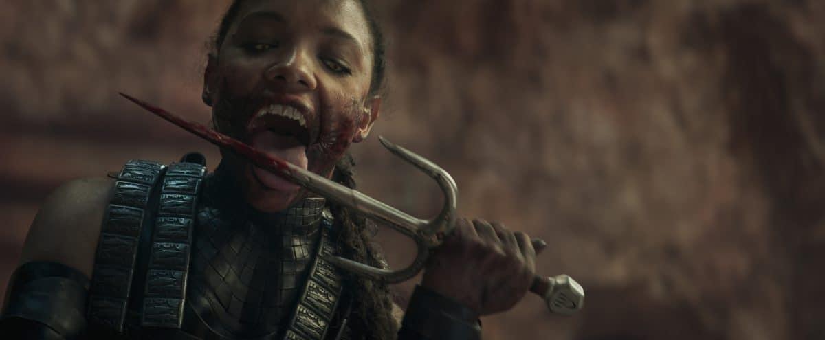SISI STRINGER als Mileena in Mortal Kombat