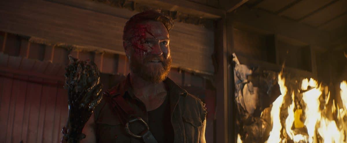 JOSH LAWSON als Kano in Mortal Kombat