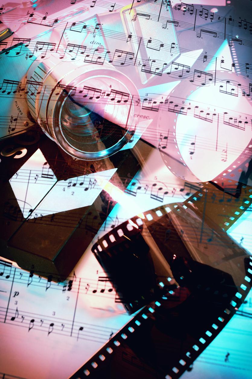 Transparente Notenblatt auf 16mm Kamera und Film. Das Stück ist von Wolfgang Amadeus Mozart, Sonate für Violine and Piano in G Major - K 379KV 379.
