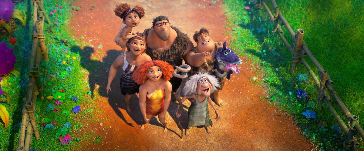 (von oben links im Uhrzeigersinn) Sandy Crood (Kailey Crawford), Grug Crood (Nicolas Cage), Thunk Crood (Clark Duke), Gran (Cloris Leachman), Eep Crood (Emma Stone) and Ugga Crood (Catherine Keener) in DreamWorks Animation's Die Croods: Alles auf Anfang